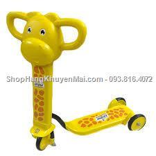 Xe scooter hươu cao cổ cho bé