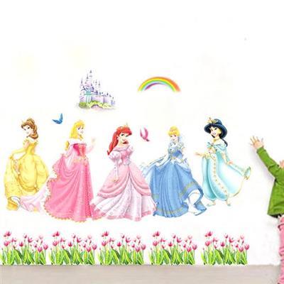 Decal dán tường 5 nàng công chúa trang trí phòng bé.