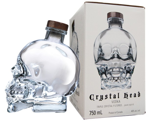 Ruou vodka dau lau - crystal head vodka